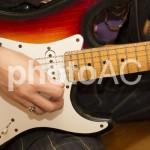 ストラトとレスポールの違いを徹底解説!ギター初心者必見です!